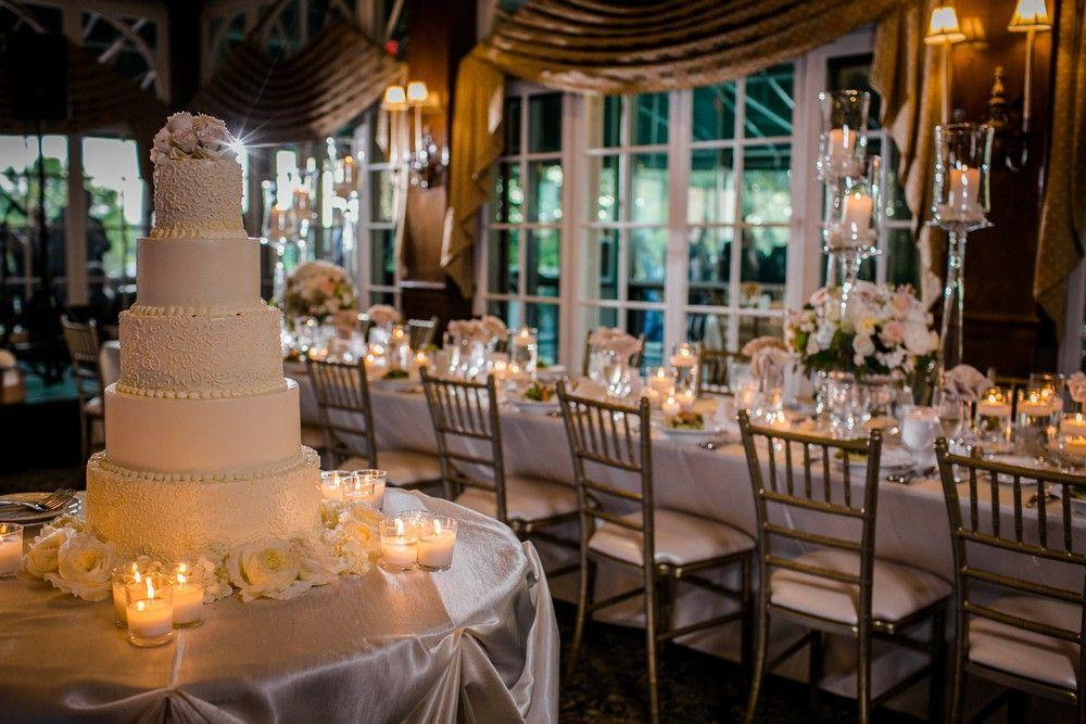 What are the Pros and Cons of Each Seasons for A Wedding?